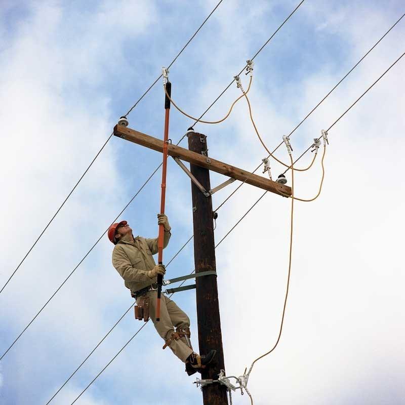 خطرات سیم های هوایی انتقال برق